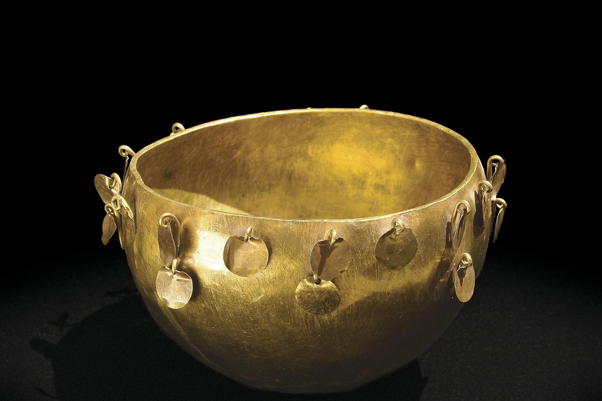 Cuenca de oro. Estilo Frías.