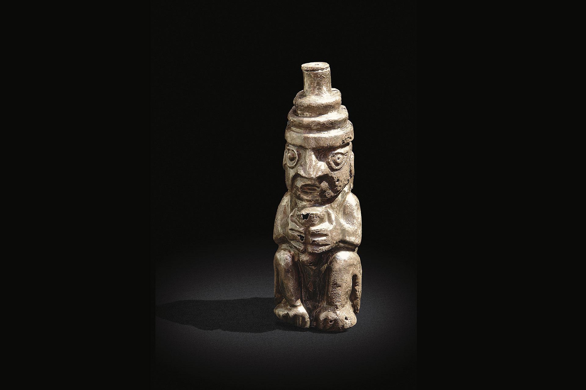 Figura antropomorfa de plata. Cultura Lambayeque.