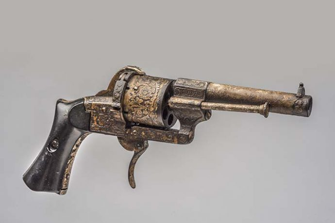 Revolver Lafaucheux que perteneció al Gral. Andrés Avelino Cáceres